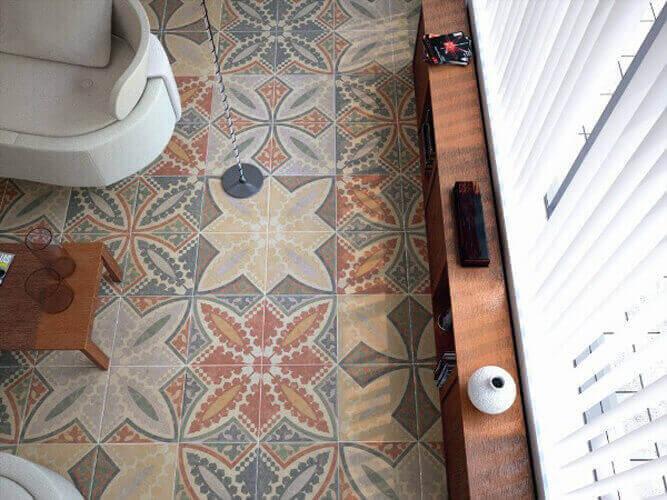 Ceramic wear tiles